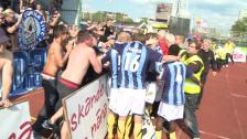Santos firade med supportrarna efter målet mot Häcken