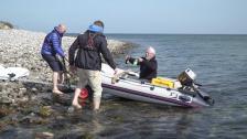 Med lillbåten till Tyskland – till undsättning!