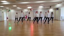 VÅRA DANSER: Dance moves 30+