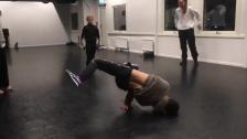 VÅRA DANSER: Floorwork/breakdance